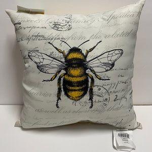 Indoor / Outdoor Bumble Bee Toss Pillow